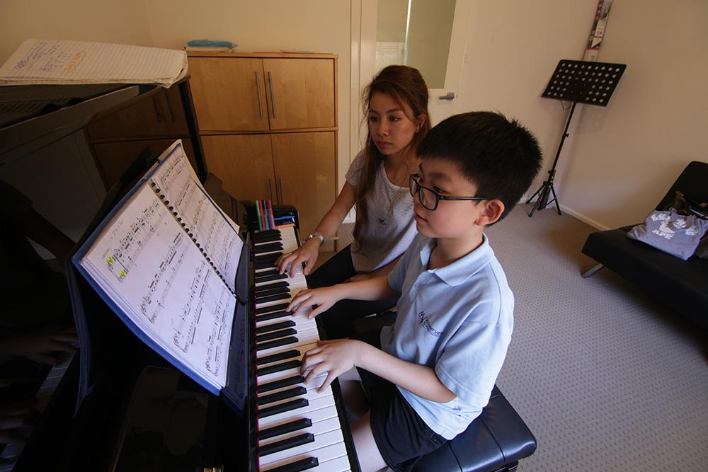 Glen Music - Piano Class